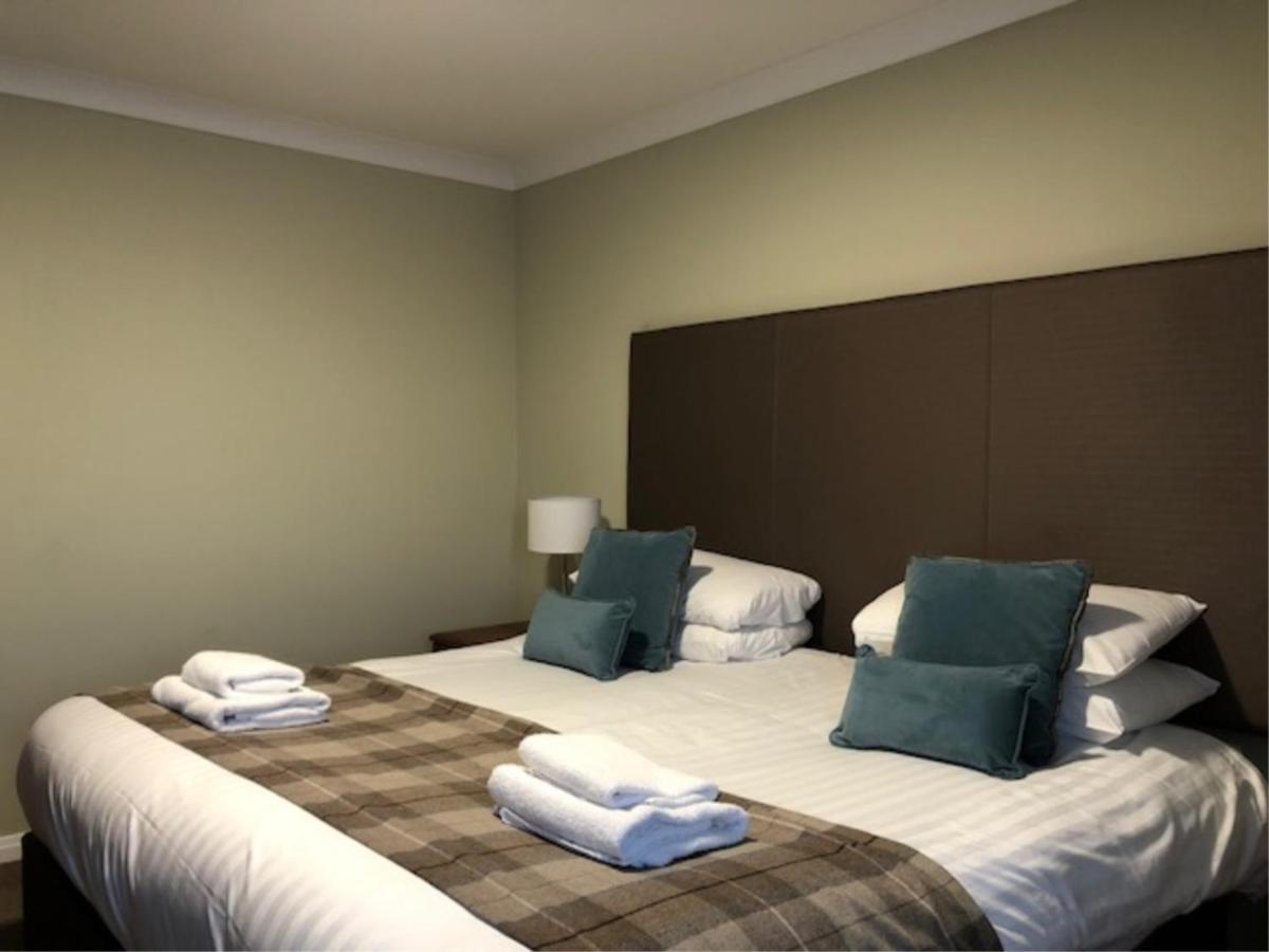 King Robert Hotel - Laterooms