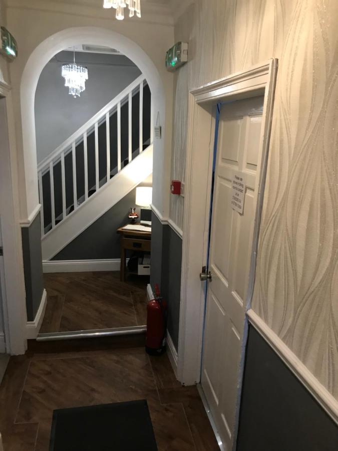 Castle Gate Guest House - Laterooms