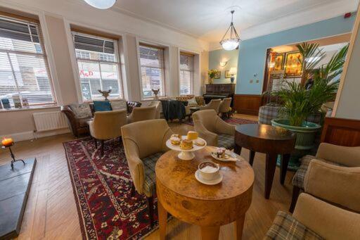 Pentland Hotel - Laterooms