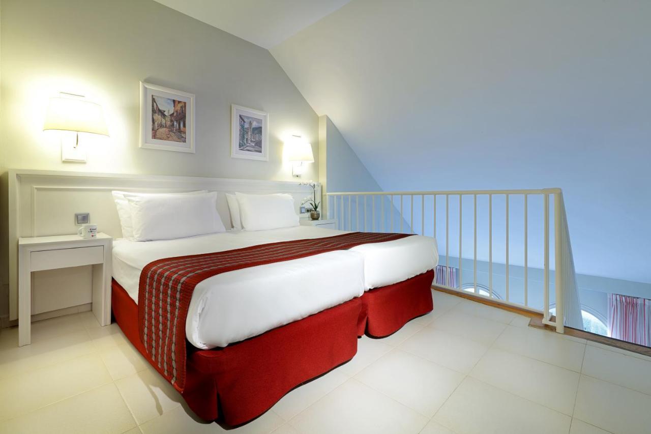 Exe Gran Hotel Solucar - Laterooms