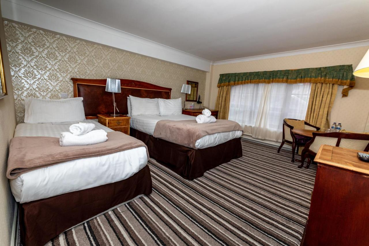 Fownes Hotel - Laterooms