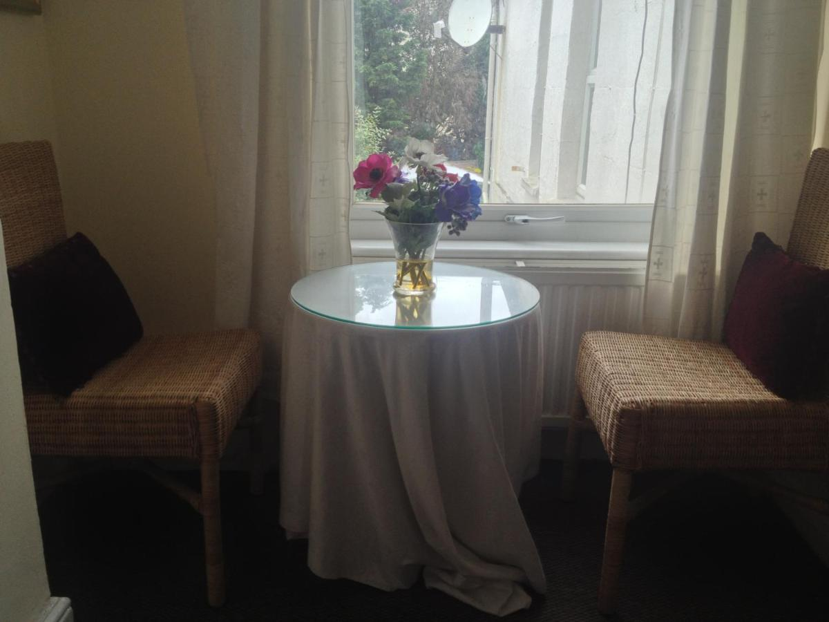 Malvern Lodge Guest House - Laterooms