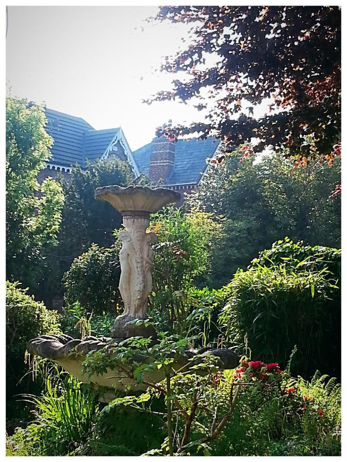 Shrewsbury Lodge - Laterooms