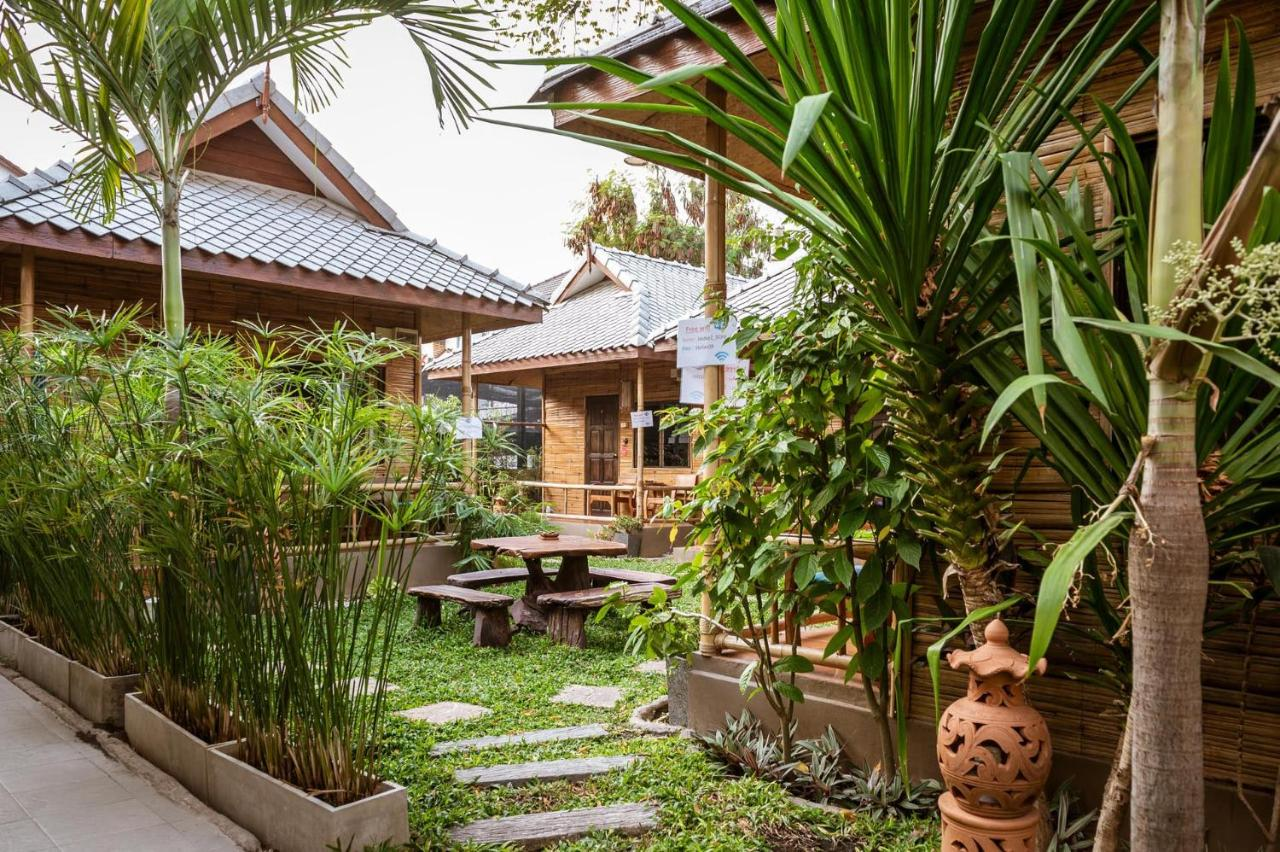 Guesthouse Jaidee Bamboo Huts Chiang Mai Thailand Booking Com