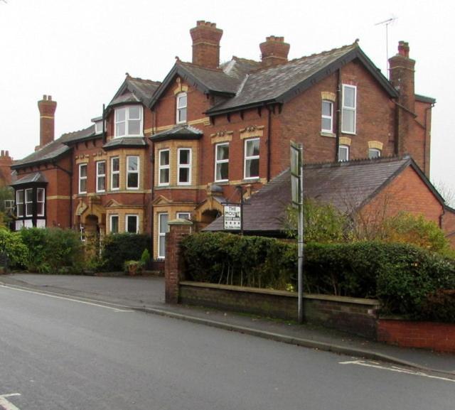 Henwick House - Laterooms