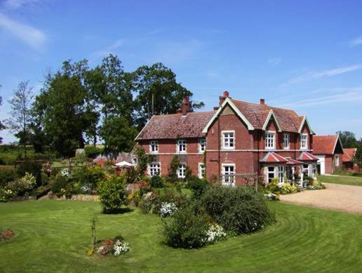 Earsham Park Farm - Laterooms