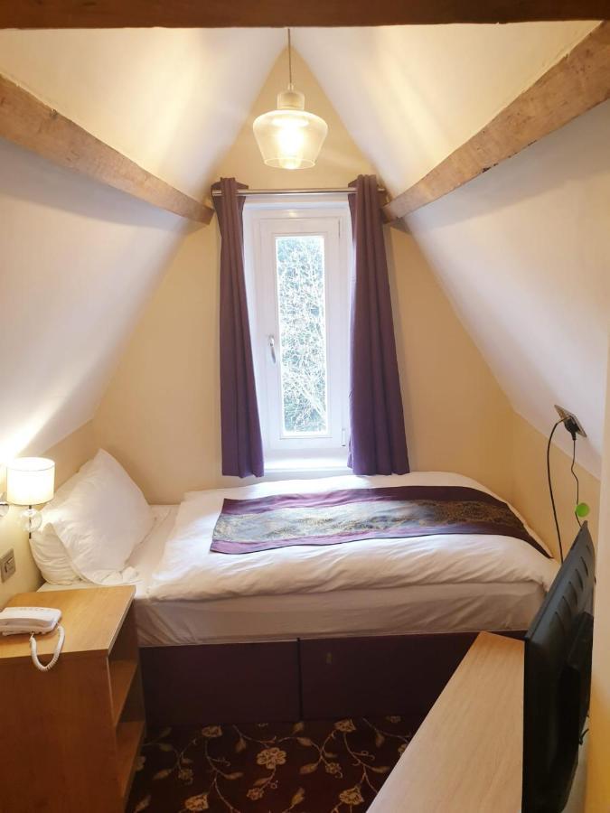 Edgerton Guest House - Laterooms