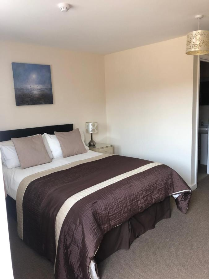 Newent Golf Club and Lodges - Laterooms