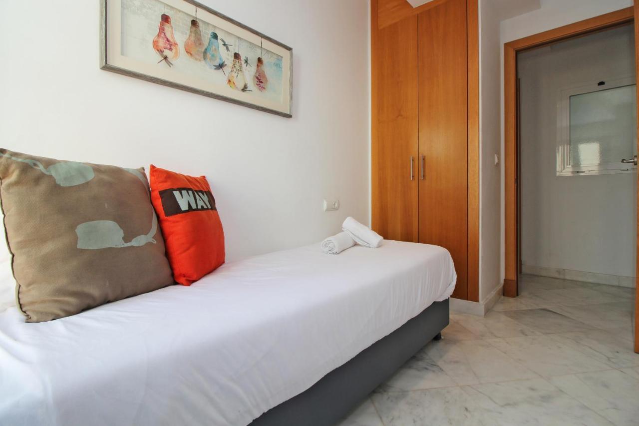 Hotel Tribuna Malagueña - Laterooms