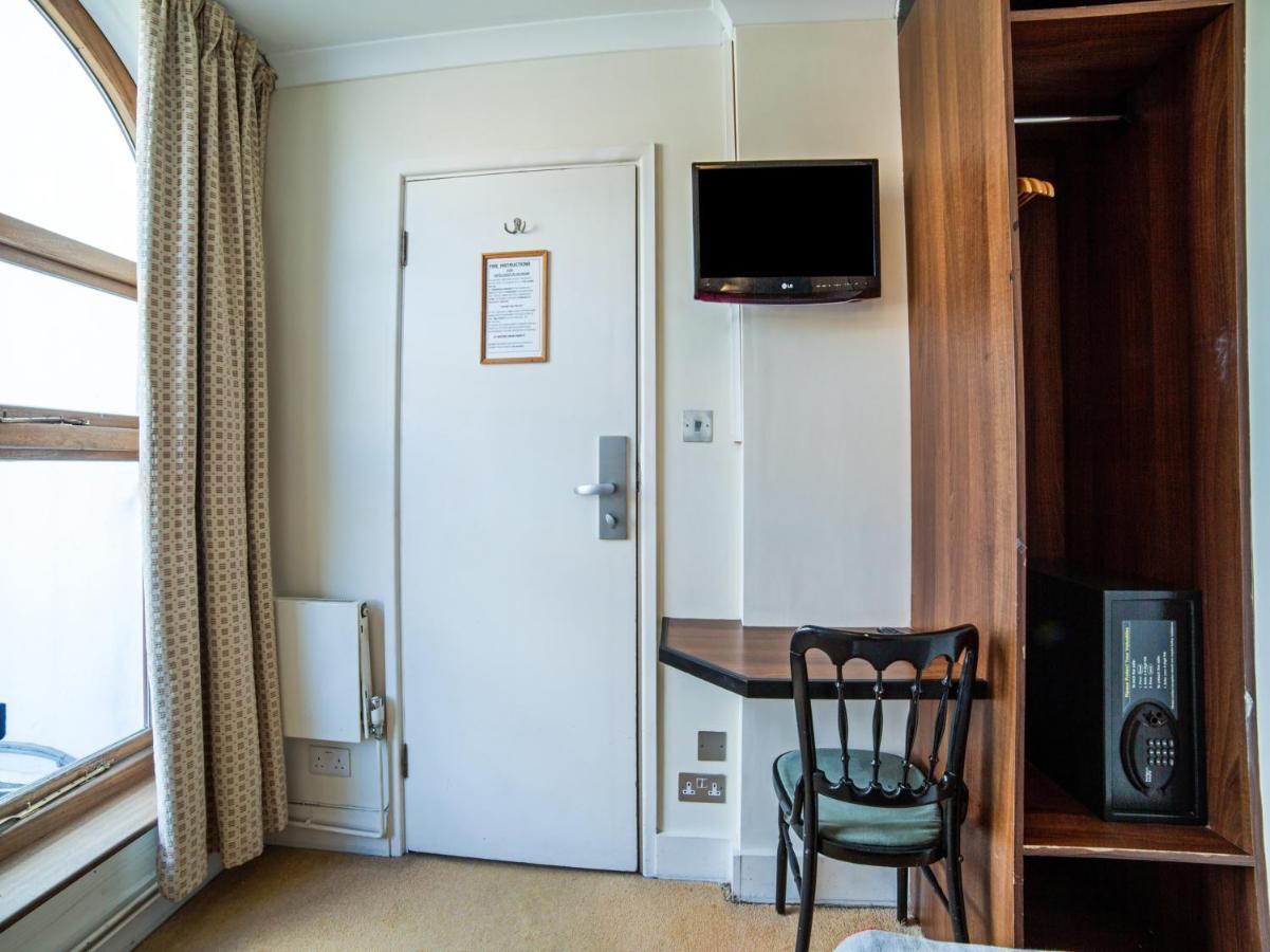 Elysee Hotel - Laterooms