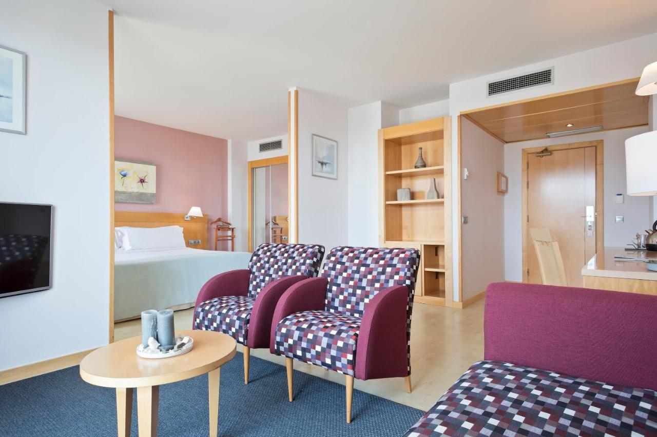TRYP Port Cambrils Hotel - Laterooms