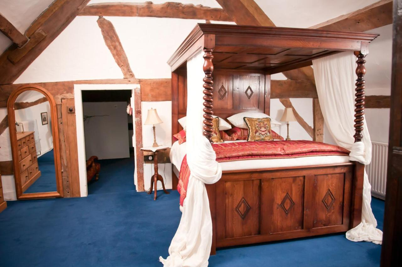 Walford Court - Laterooms