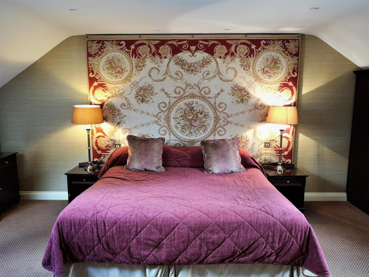 Langley Castle Hotel - Laterooms