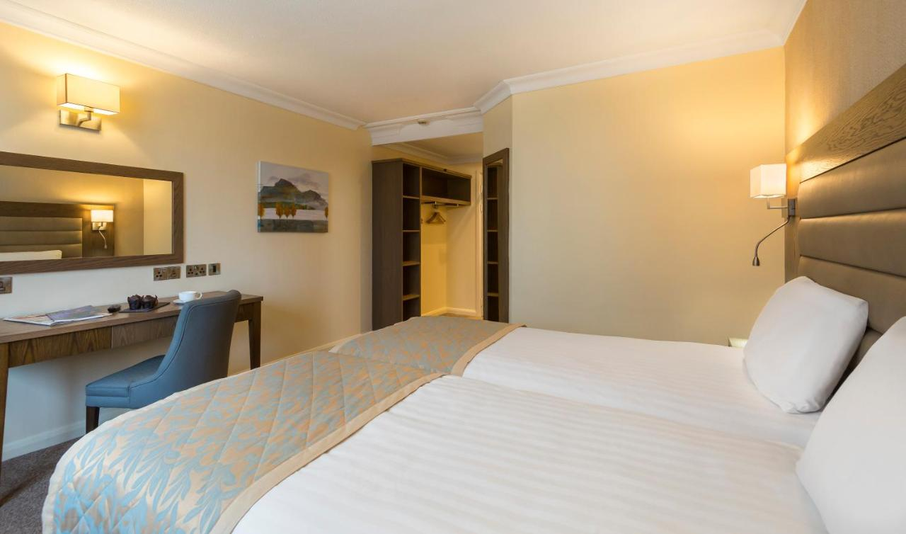Limerick City Hotel - Laterooms