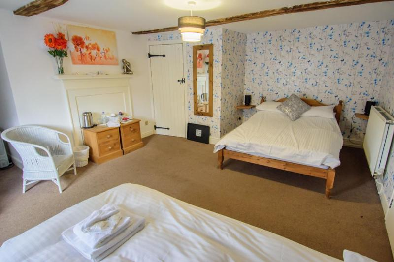 Penrhos Arms Limited - Laterooms