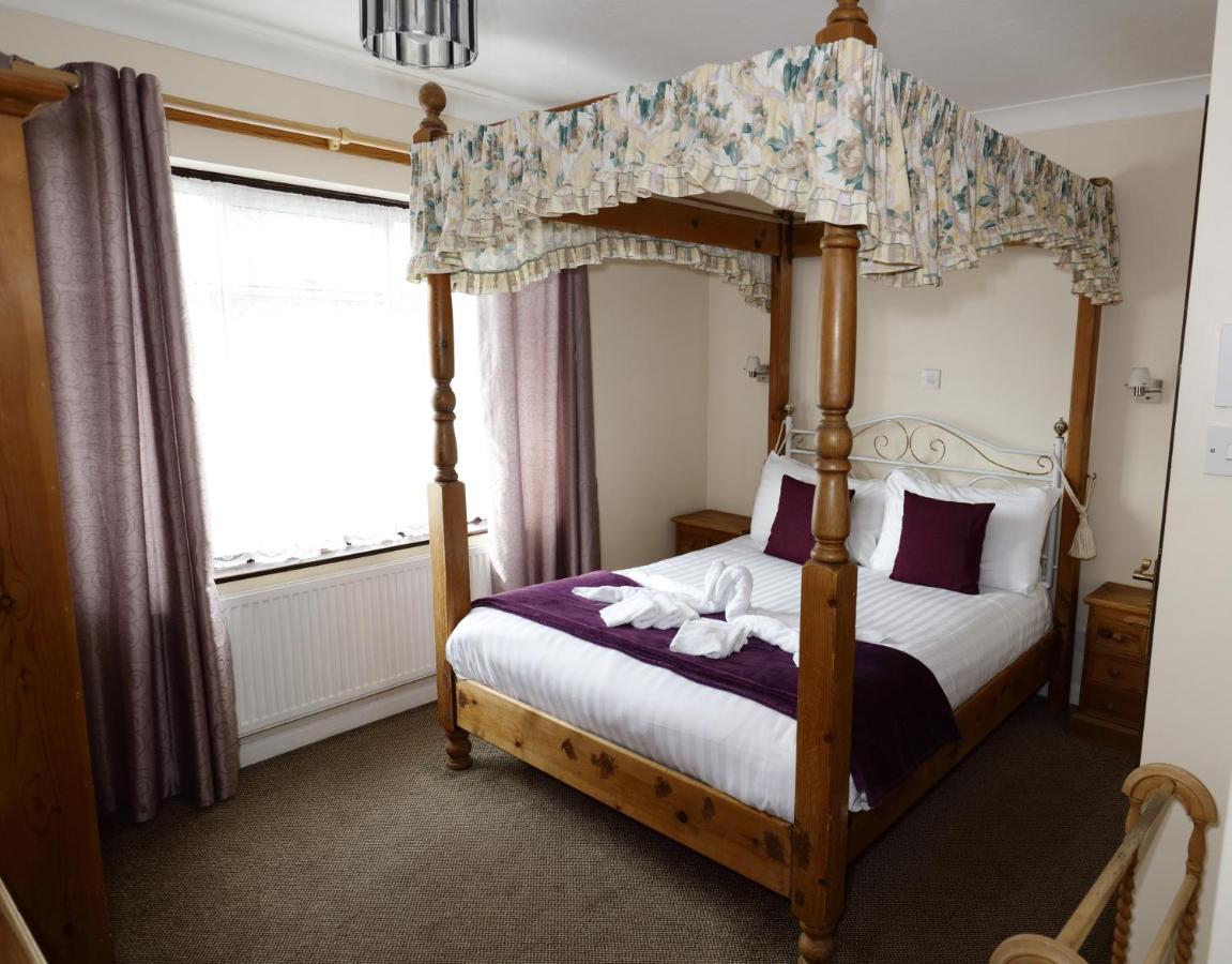 Aylesbray Lodge - Laterooms