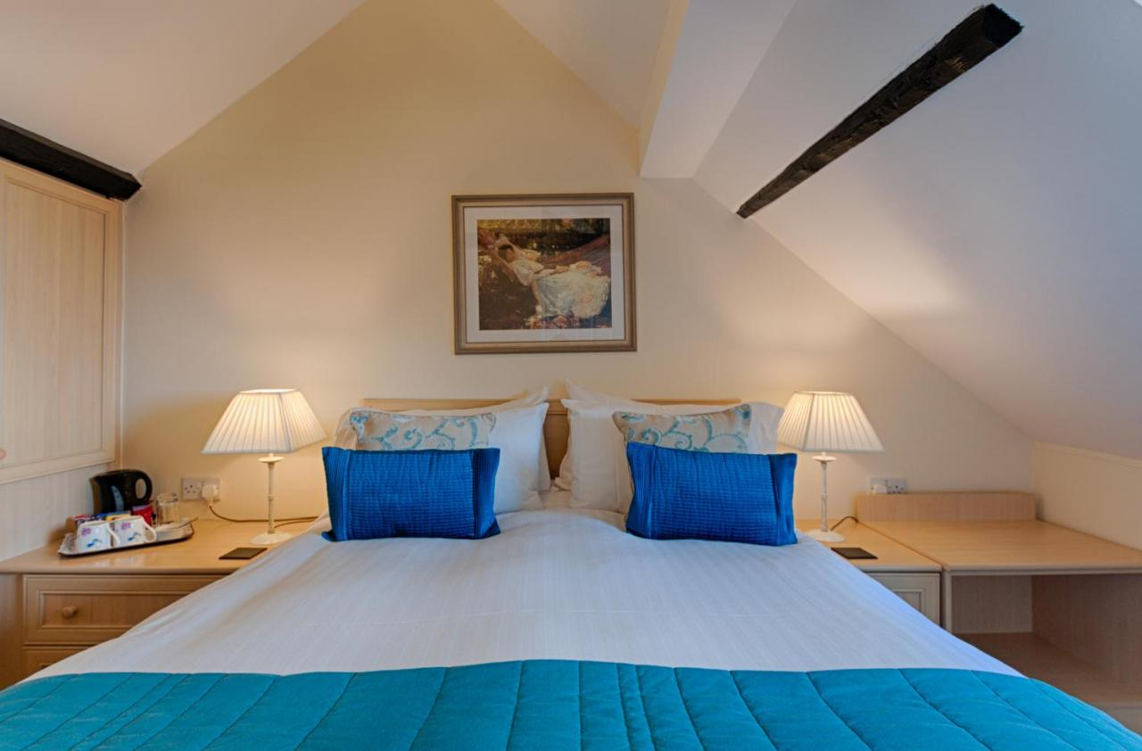 Potters Mooring Hotel - Laterooms
