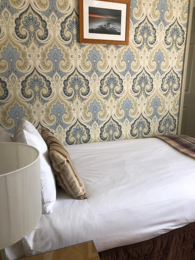 Virginia Court Hotel - Laterooms