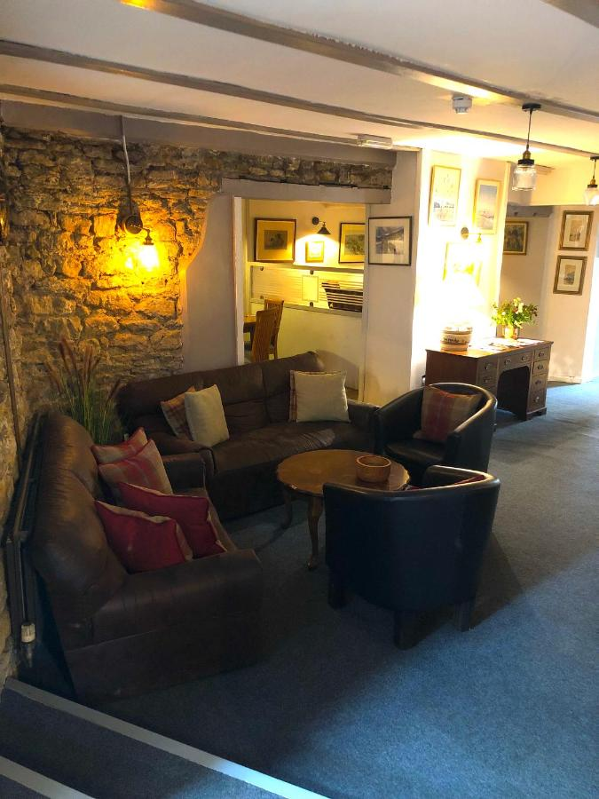 The George At Nunney Ltd - Laterooms