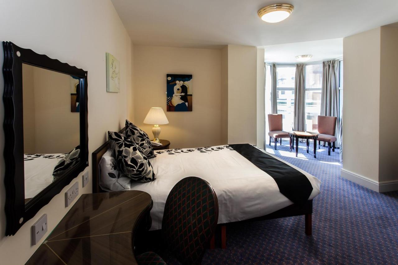Scarisbrick Hotel - Laterooms