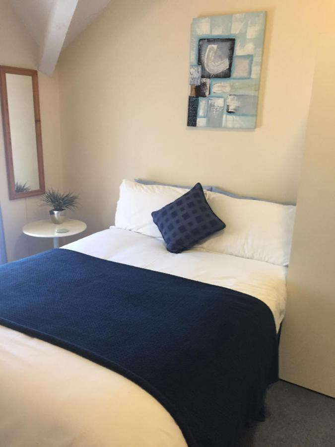 Marlow Lodge Hotel - Laterooms