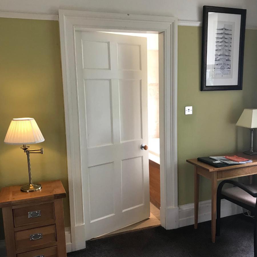 Ashtree House Hotel - Laterooms