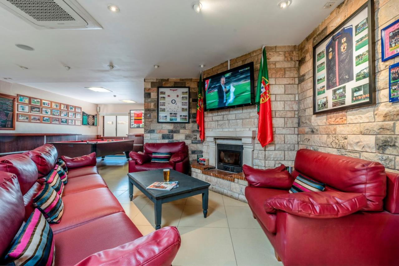 Browns Sports and Leisure Club - Laterooms