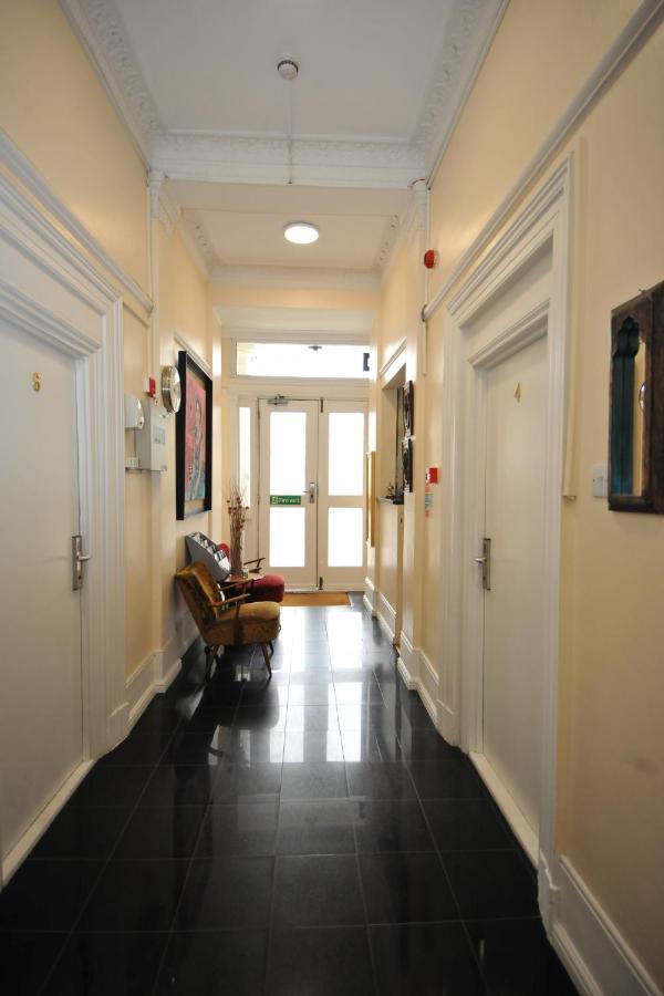 Assaha Hyde Park apartments - Laterooms