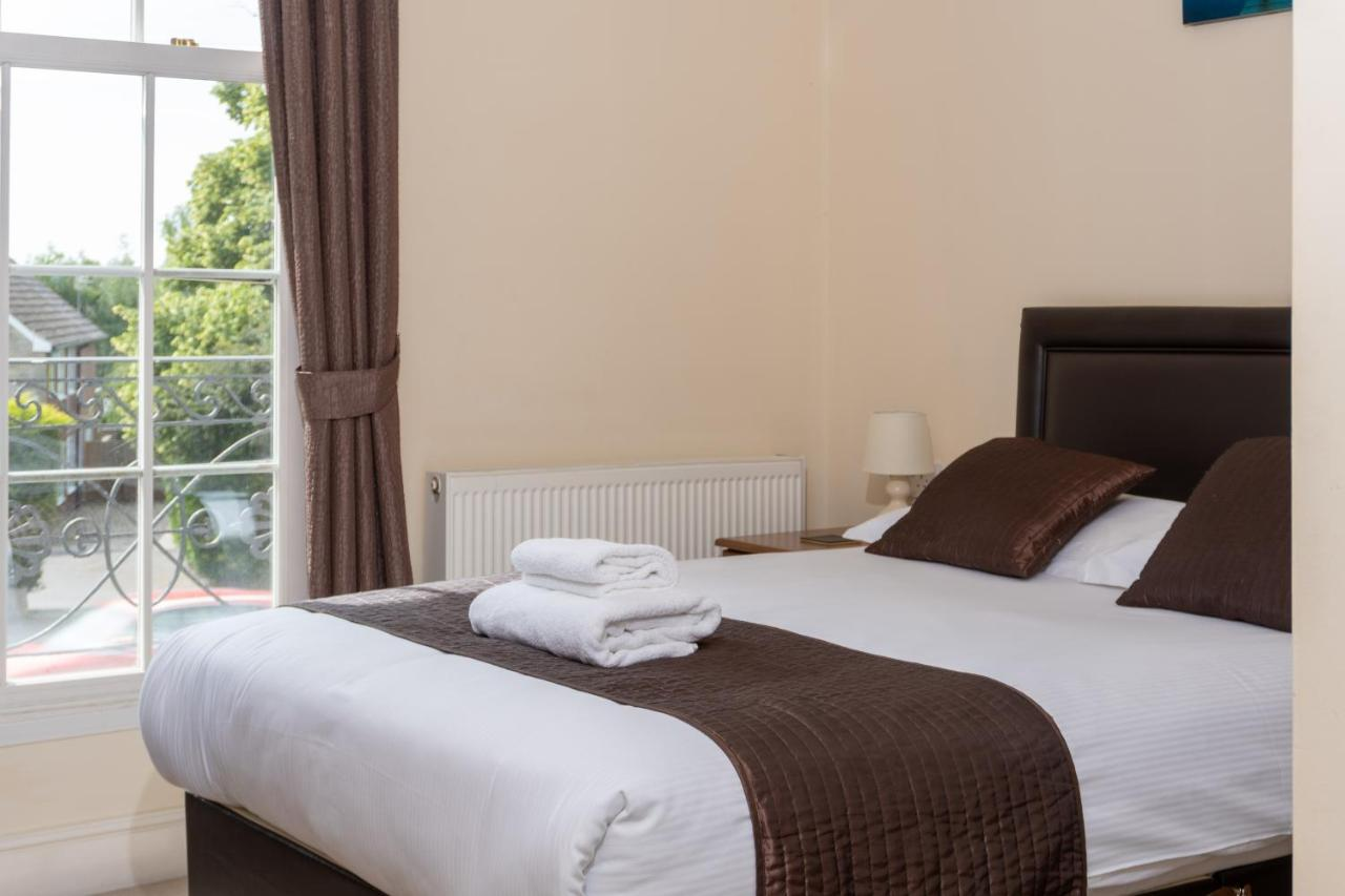 The Lawns Guest House - Laterooms