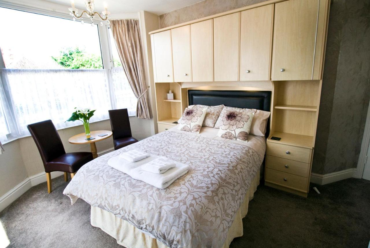 The Linroy Guest House - Laterooms