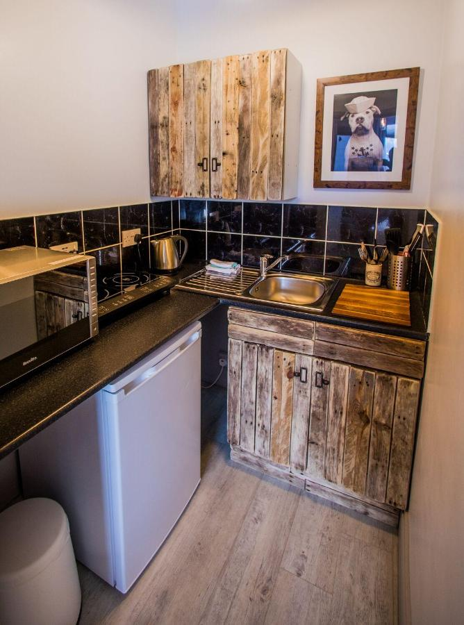 James' Place at Dowlais - Laterooms