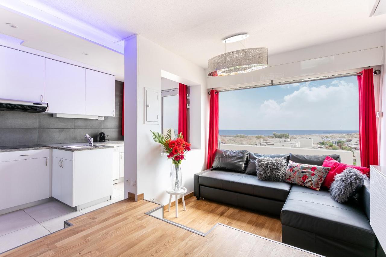 Room fkk living Living Room