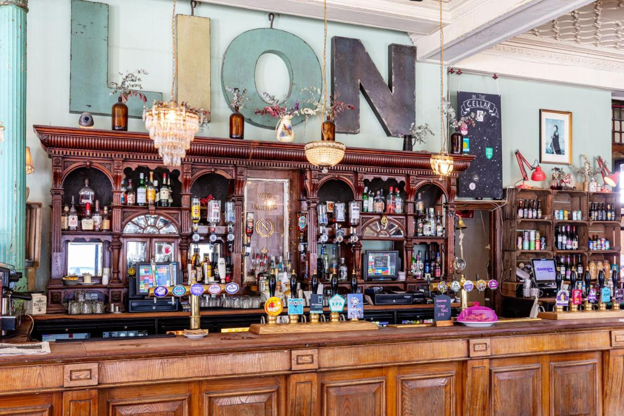 Red Lion - Laterooms