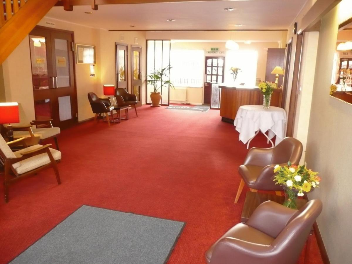 Newark Hotel - Laterooms