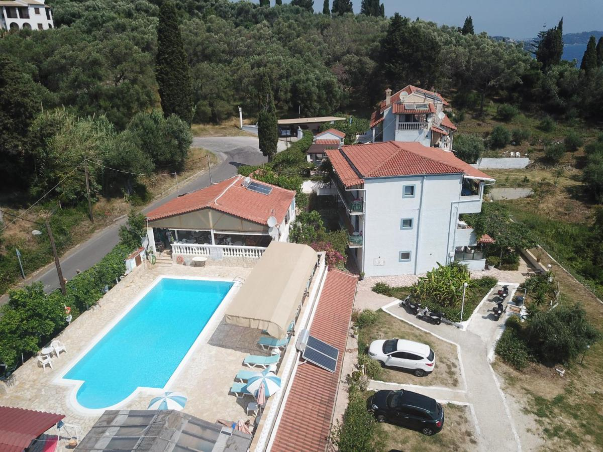 ANDROMACHES HOLIDAY APARTMENTS - Laterooms