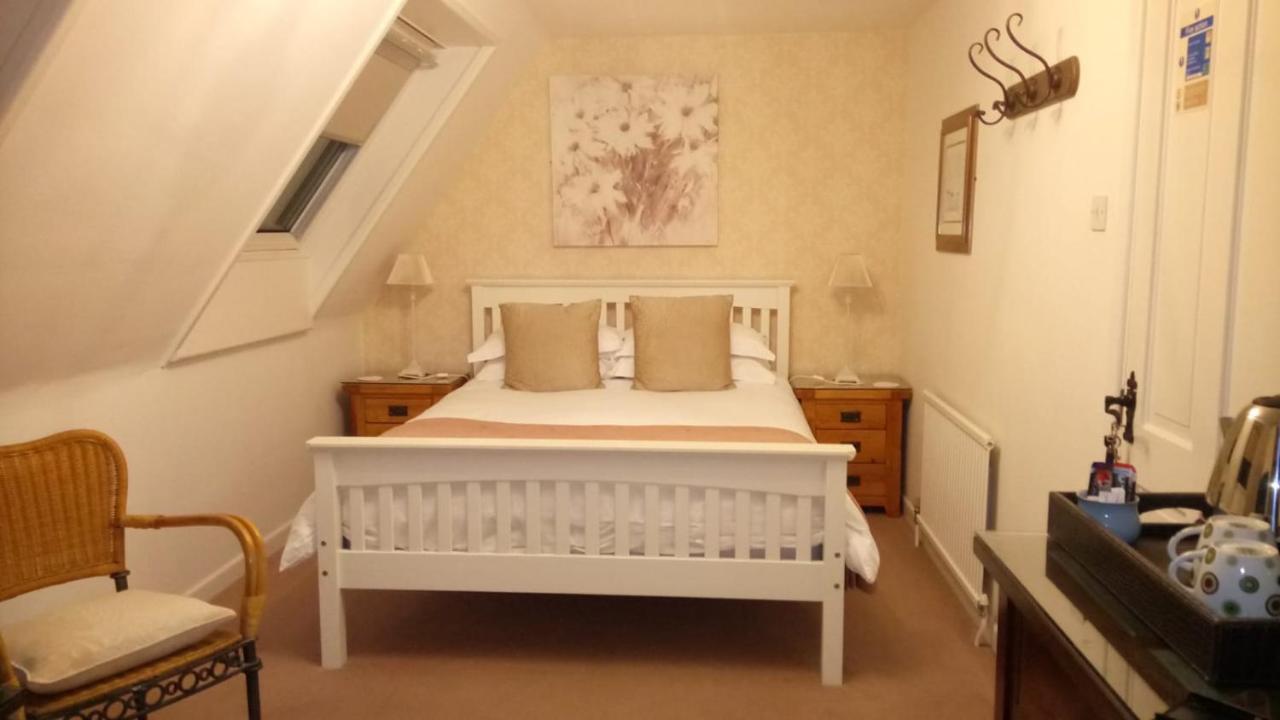AppleCroft Bed & Breakfast - Carlyon Bay - Laterooms