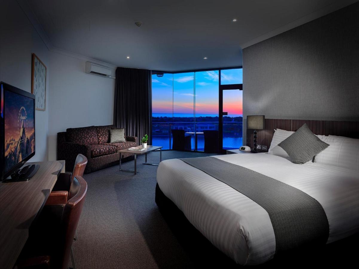 The Lakes Resort - Laterooms