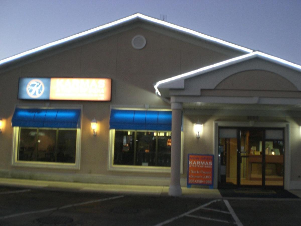Howard Johnson Express Inn - Niagara Falls - Laterooms