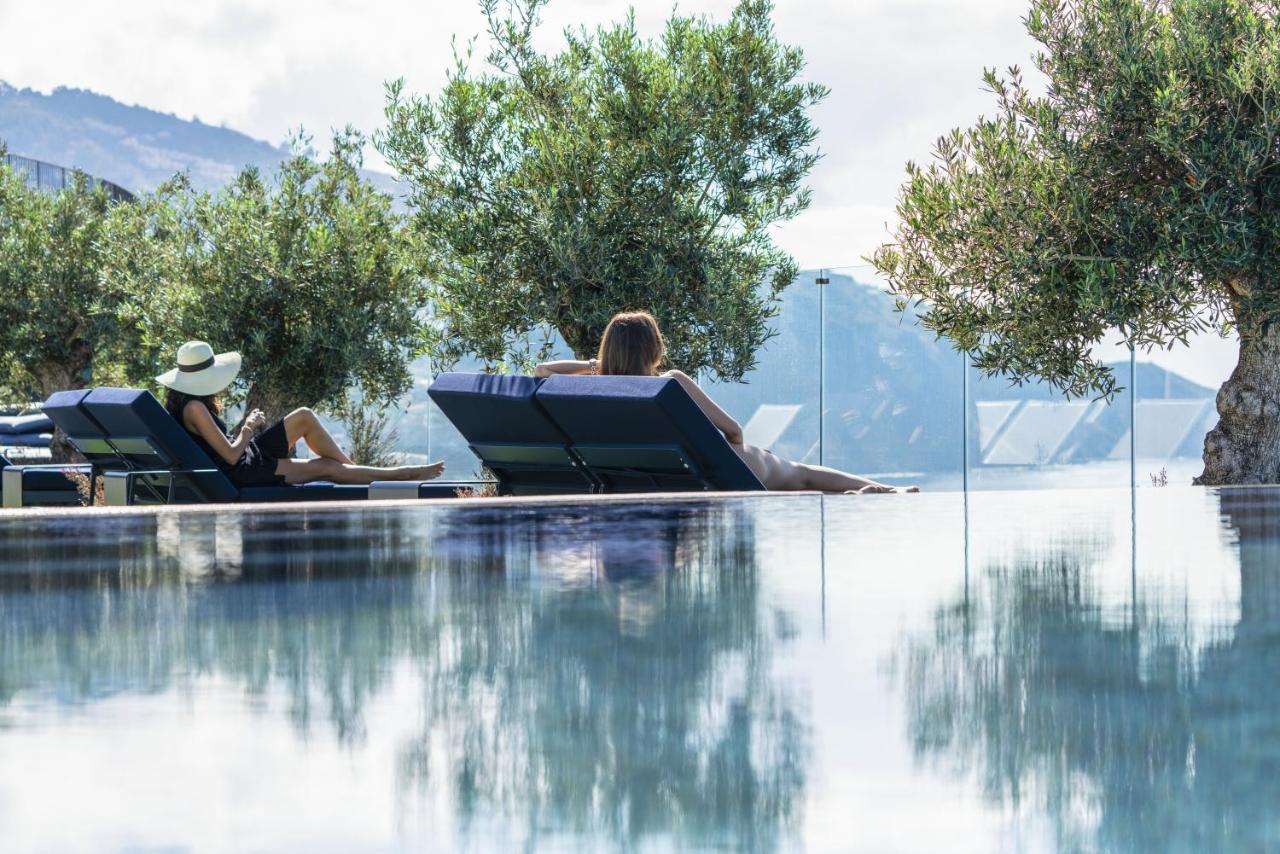 Лучший новый отель пять звезд на Мадейре для клиентов Вип