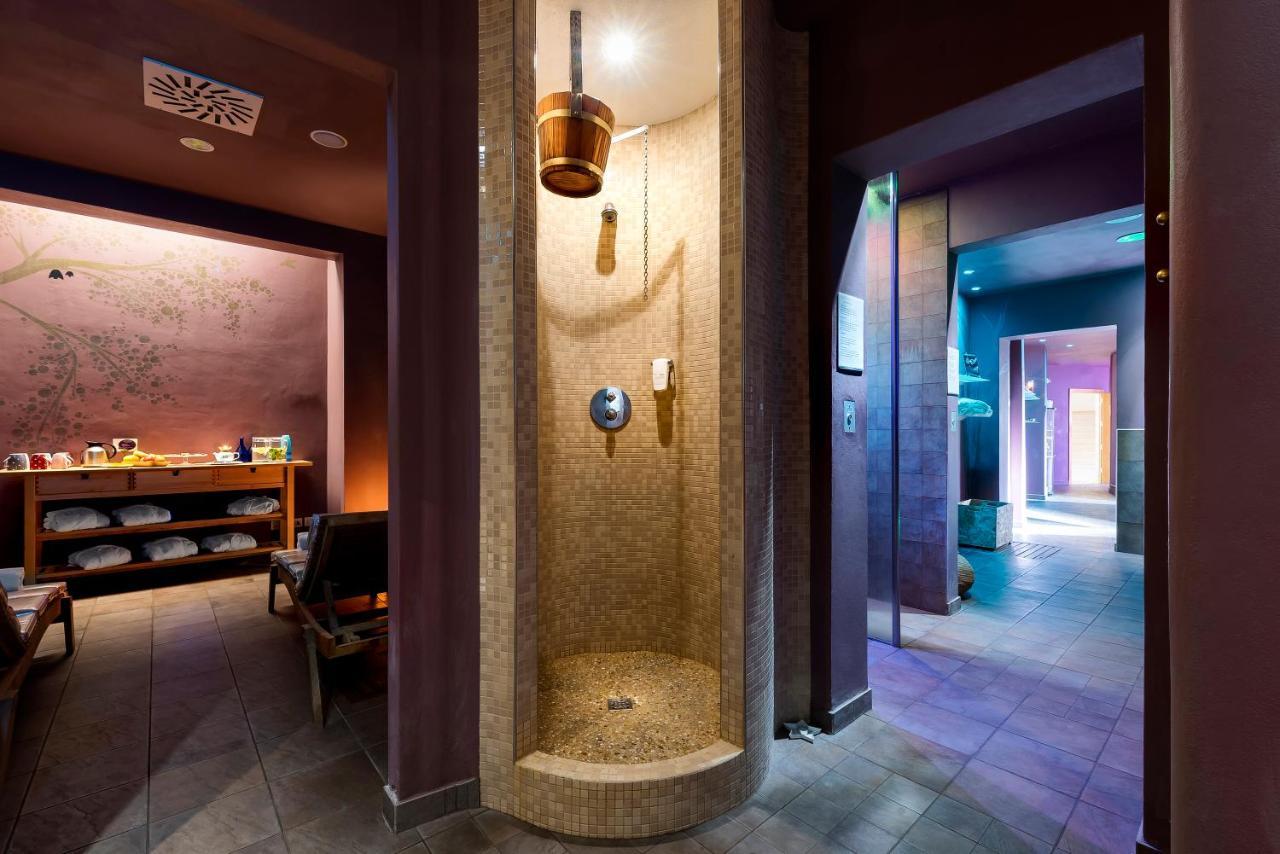 Sovrana Hotels - Laterooms