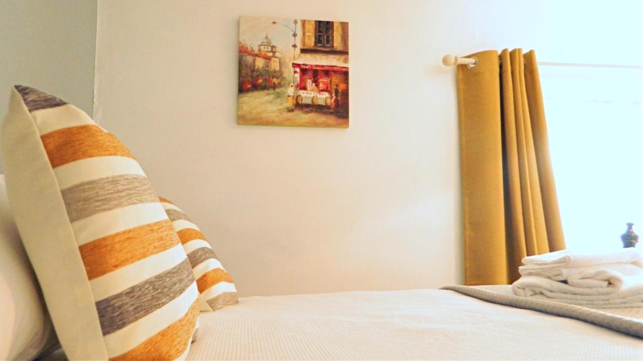 Warwick Apartments - Laterooms