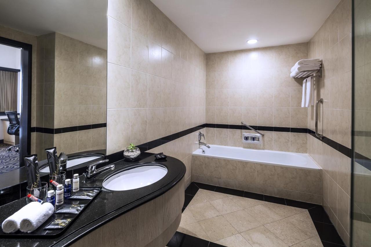 Furama RiverFront Hotel - Laterooms