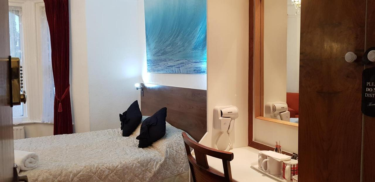 Anand Lodge - Laterooms