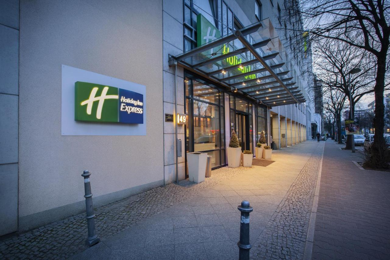 Holiday Inn Express BERLIN CITY CENTRE - Laterooms