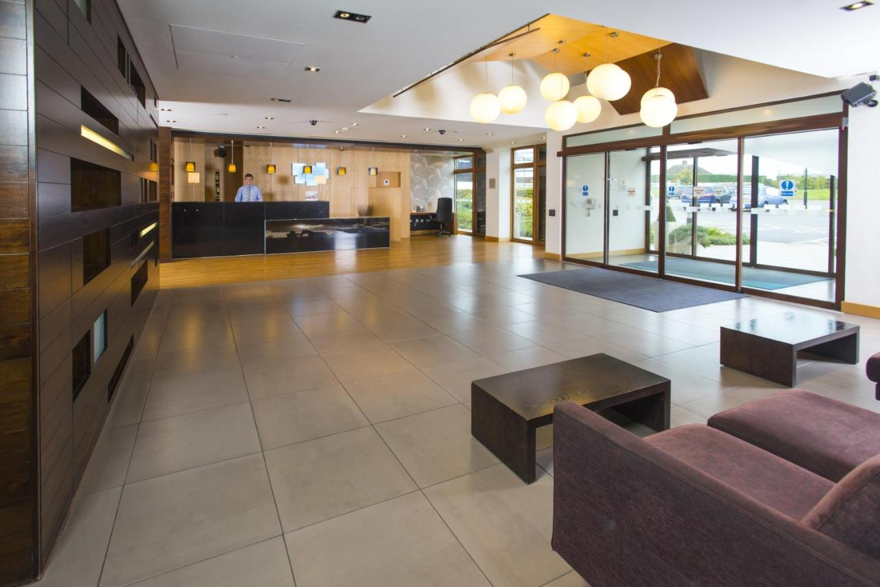 Holiday Inn Express LONDON - EARL'S COURT - Laterooms