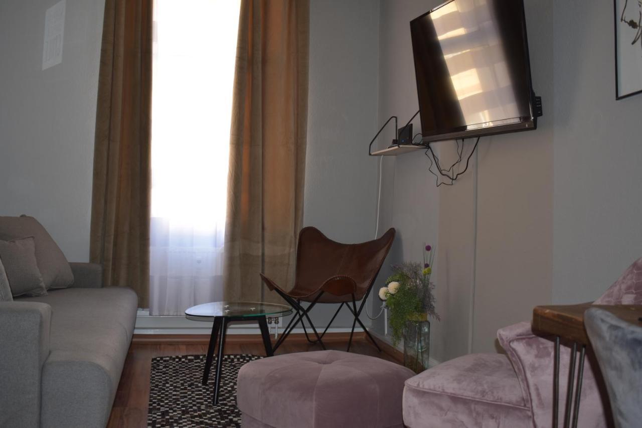 Apartment 27 - Laterooms