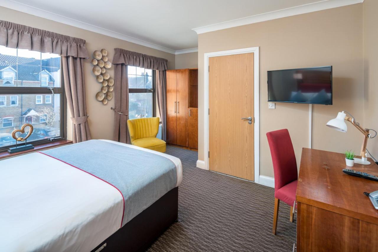 Hotel Mehfil Heathrow - Laterooms