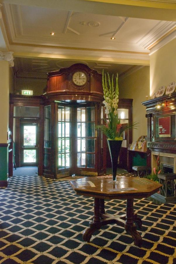 Prince of Wales Hotel - Laterooms