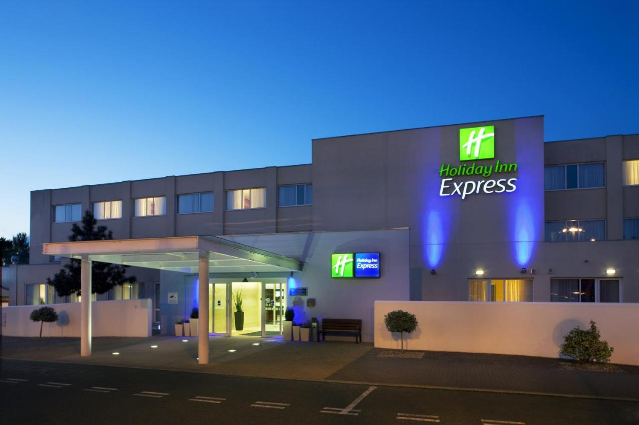 Holiday Inn Express NORWICH - Laterooms