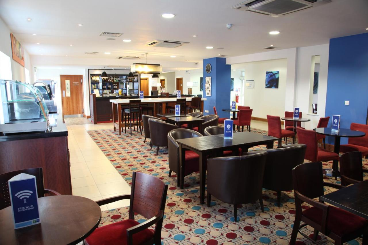 Holiday Inn Express BRAINTREE - Laterooms